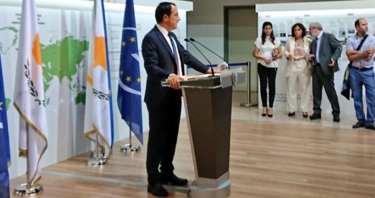 Έρευνα για το Κυπριακό – Σε σύγκρουση τα θέλω των Ελληνοκυπρίων με την πολιτική της Λευκωσίας