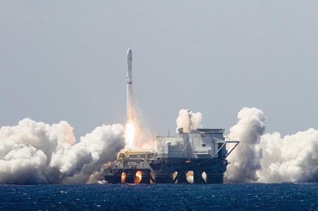 """Μεταφορά ρωσικής """"πλωτής πλατφόρμας εκτόξευσης"""" από την Αμερική στην Ρωσία"""