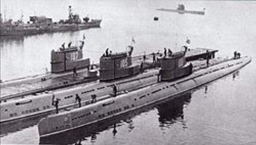 Οι Αλβανοί… κλέβουν την παράσταση – Δεν είναι ανέκδοτο! Όταν η Αλβανία «έκλεψε» 4 υποβρύχια  από τη Σοβιετική Ένωση