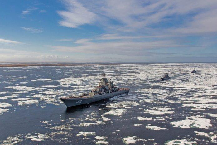 Το Κρεμλίνο προειδοποιεί: «Μείνετε μακριά από την Αρκτική!»