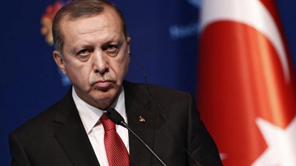 Τον ασκό του Αιόλου ανοίγει ο Ερντογάν: Έχουμε δικαίωμα να αναπτύξουμε στρατό στη Λιβύη