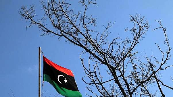 Τρία κρίσιμα (και πολύ εύγλωττα) ερωτήματα για τη Λιβύη