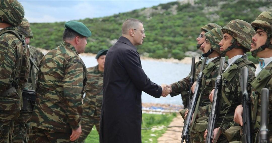 Πληροφορίες ότι τουρκικά αεροσκάφη παρενόχλησαν ηχητικά το ελικόπτερο του υφυπουργού Άμυνας κ. Στεφανή