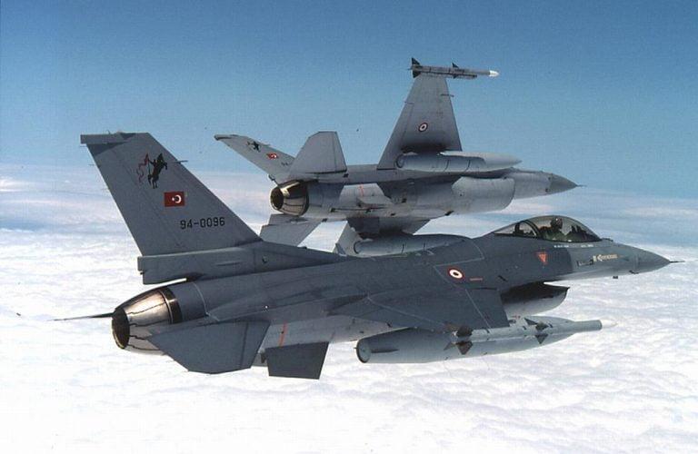 Yeni Safak: Σύντομα και F-16 στην βάση των Bayraktar TB2 στα κατεχόμενα