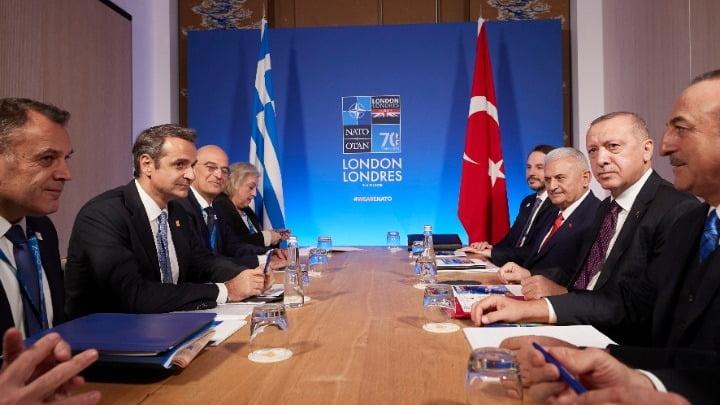 Συμφωνία Μητσοτάκη-Ερντογάν για στρατιωτικά ΜΟΕ