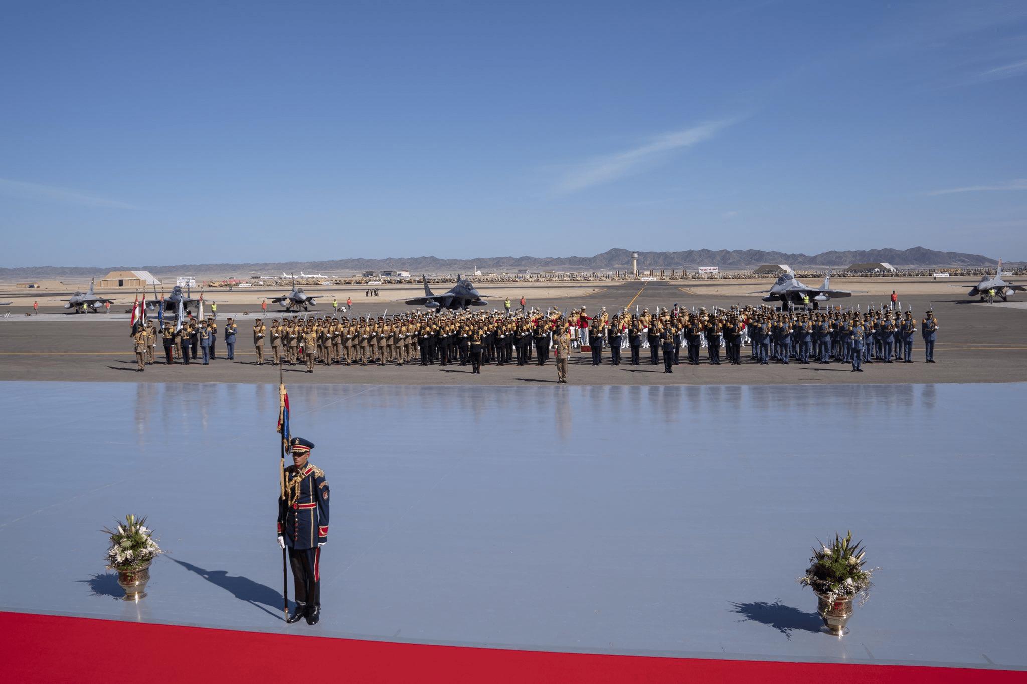 Ο Σίσι εγκαινίασε τη μεγαλύτερη στρατιωτική βάση στην Ερυθρά Θάλασσα