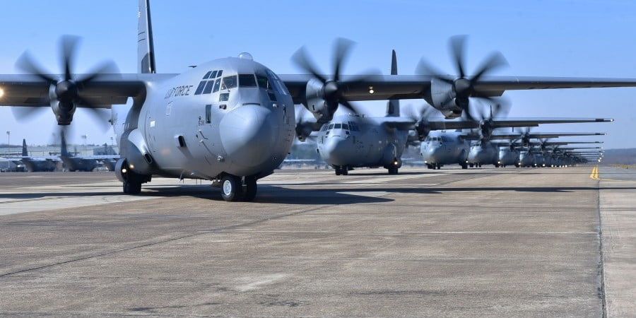 Οι δυνάμεις των ΗΠΑ στην Κύπρο – Γιατί δεν χρησιμοποιήθηκαν οι Βρετανικές Βάσεις (BINTEO)