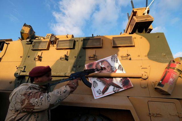 Λιβύη: Φρεγάτες και χημικά όπλα επιστρατεύει ο Ερντογάν για να σταματήσει τον Χαφτάρ