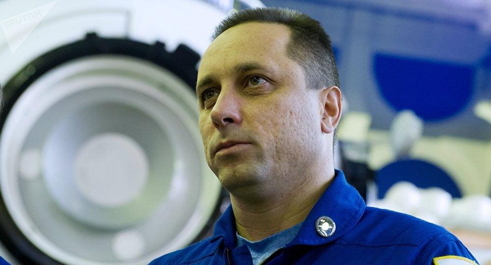 Ρώσος κοσμοναύτης εύχεται στους Έλληνες: «Πάντα ειρηνικός και ασυννέφιαστος ο ουρανός σας»