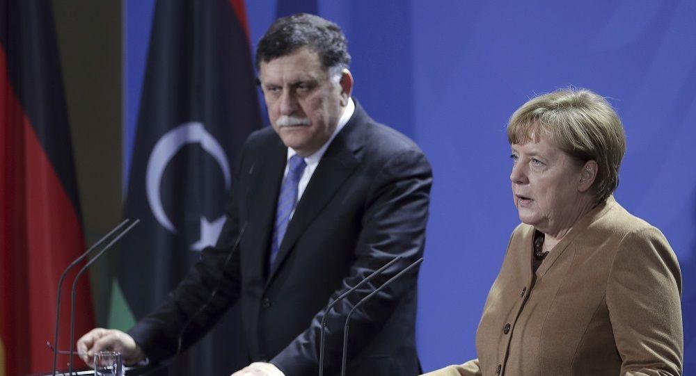 Το Βερολίνο εξηγεί γιατί δεν προσκλήθηκε η Ελλάδα στη Διάσκεψη για τη Λιβύη