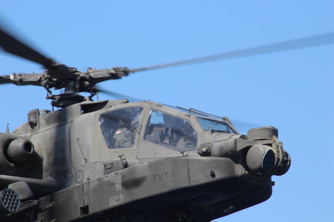 Γιατί συμφέρει η συμφωνία με τα Αραβικά Εμιράτα για τα ελληνικά Apache – Στο βάθος εκσυγχρονισμός από το Ισραήλ