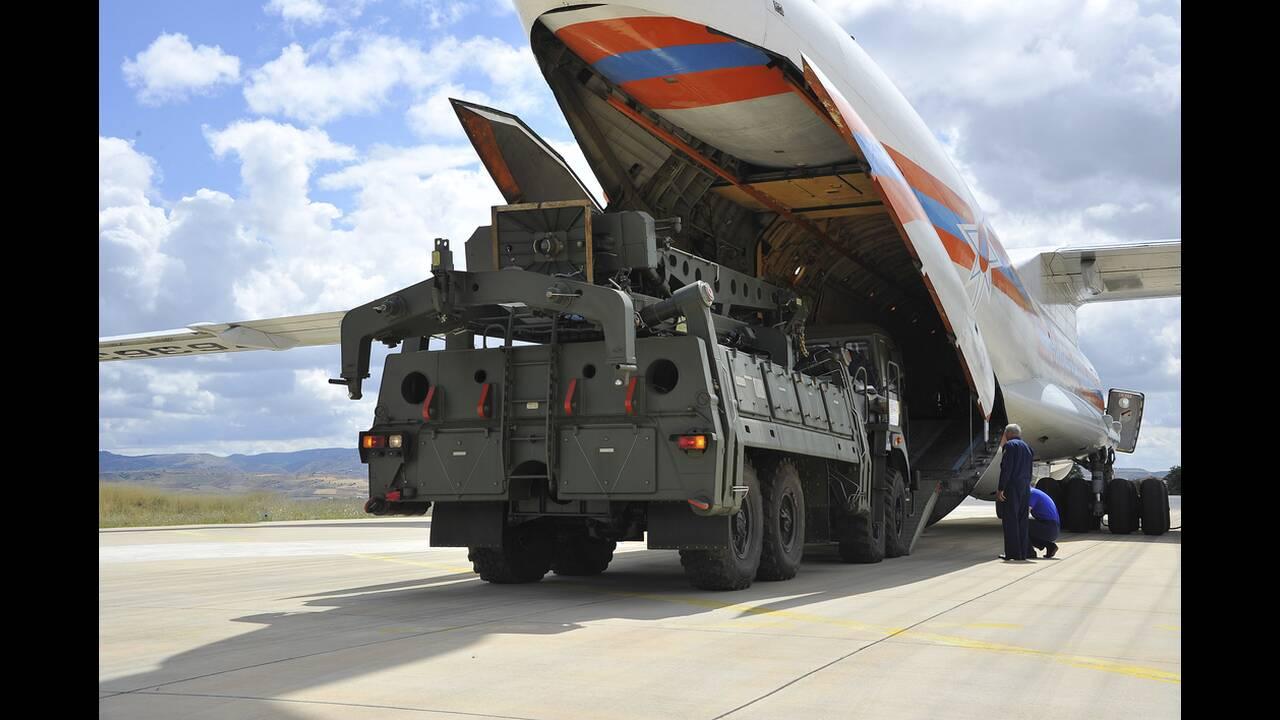 ΤASS: Πάνω από 120 πύραυλοι S-400 παραδόθηκαν σε Τουρκία