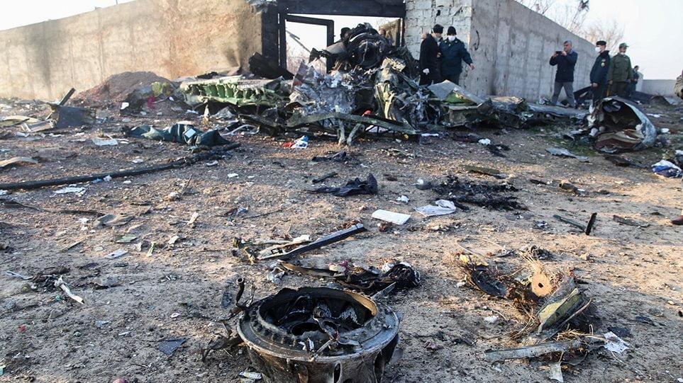 Συντριβή ουκρανικού Boeing στο Ιράν: Θα ερευνηθεί και το σενάριο τρομοκρατικού χτυπήματος