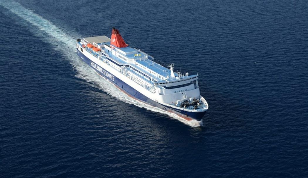 """Επιτέλους, ακτοπλοϊκή σύνδεση με την Κύπρο – Για προφανείς λόγους, το καράβι να """"πιάνει"""" Ρόδο και Καστελόριζο"""