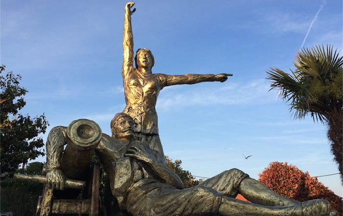 Δόμνα Βιζβίζη: Η εξ Αίνου της Αν. Θράκης ηρωική καπετάνισσα της Επανάστασης
