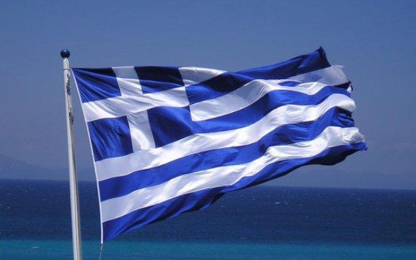 Έτσι καθιερώθηκε η γαλανόλευκη ελληνική σημαία