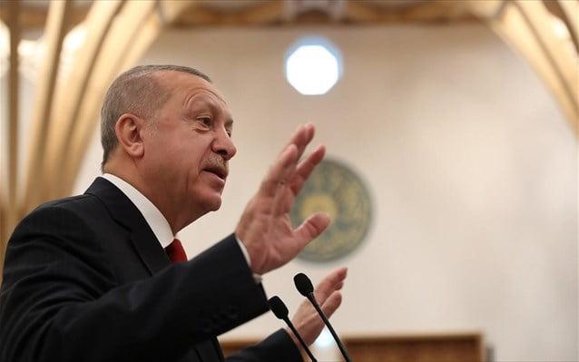 Ο Ερντογάν διαψεύδει τον εαυτό του: Δεν στείλαμε ακόμη στρατεύματα στη Λιβύη, ετοιμαζόμαστε για πετρελαϊκές έρευνες στη Σομαλία