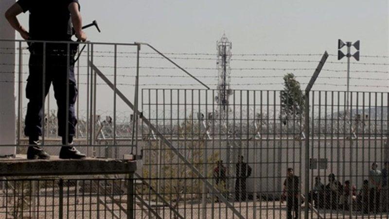 Στην… υπηρεσία παράνομων μεταναστών ο ελληνικός στρατός