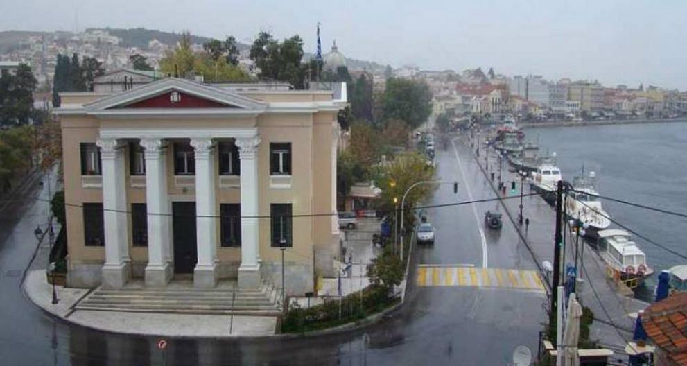 Η Λέσβος στο πόδι για το λαθρομεταναστευτικό – Κλείνουν λιμάνια αεροδρόμια – Κινητοποιήσεις και στην Αθήνα – Μηνύσεις