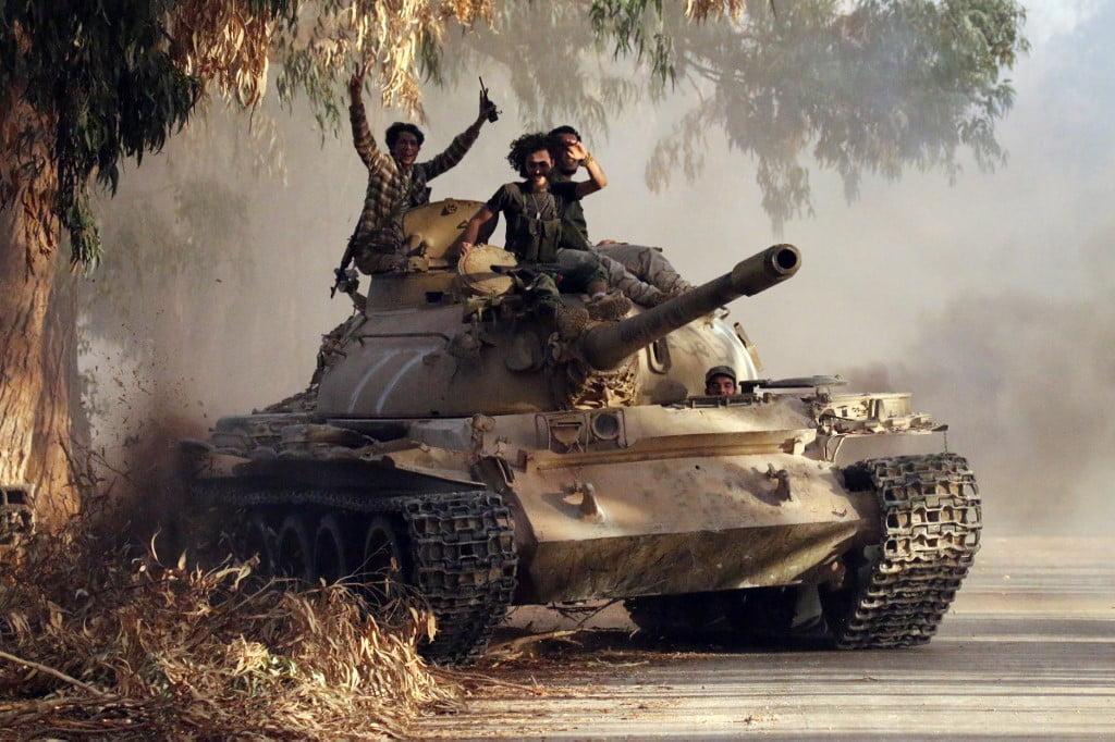 Η Σερβία παραδίδει Ρωσικής κατασκευής εκσυγχρονισμένα άρματα T-55 στο Πακιστάν