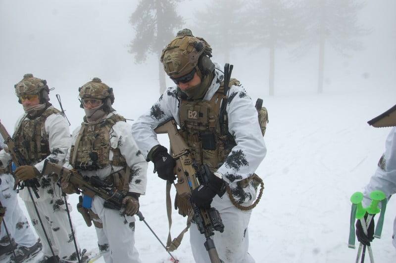 Με τους Λοκατζήδες στα χιόνια – Εντυπωσιακές εικόνες από το Τρόοδος