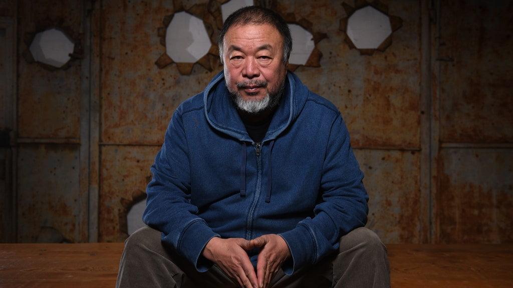 """Διάσημος Κινέζος καλλιτέχνης εγκαταλείπει το Βερολίνο και τα """"σούρνει"""" στη Γερμανία"""