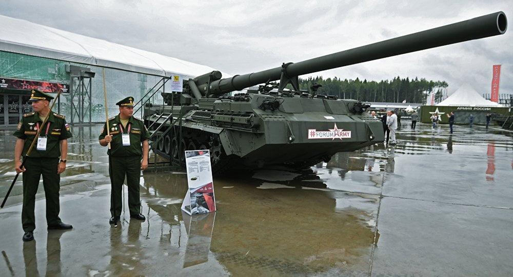 Η Ρωσία δοκιμάζει ένα από τα πιο ισχυρά πυροβόλα στον κόσμο