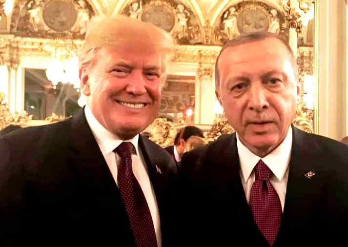 Η Τουρκία εισβάλλει στη Συρία για να υπερασπιστεί την Αλ Κάιντα, σκοτώθηκαν 4 Ρώσοι και 30 Σύροι