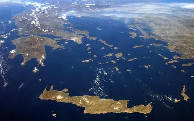 """Γκριζάρισμα; """"Κάποια νησιά δεν ανήκουν ούτε στην Ελλάδα, ούτε στην Τουρκία"""""""