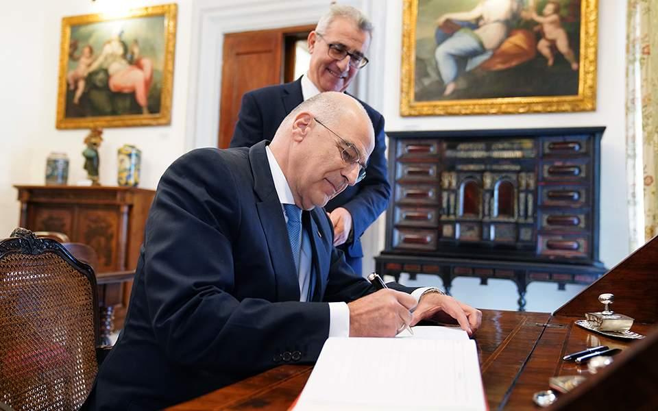 Ο Δένδιας μίλησε για αναθέρμανση των ελληνορωσικών σχέσεων – Τι είπε για Τουρκία και ΑΟΖ