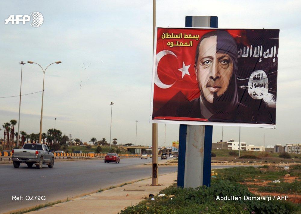 Ο Σενέρ Λεβέντ προειδοποιεί τον Ερντογάν: Μπορεί να δικάσουν κι εσένα μια μέρα στο Διεθνές Δικαστήριο Εγκλημάτων Πολέμου