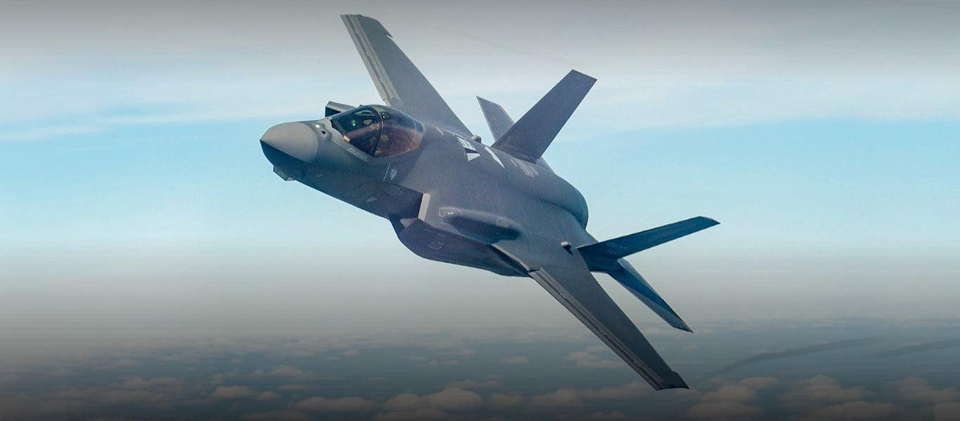 Το αεροσκάφος F-35 Jet Fighter προετοιμάζεται για μελλοντικές απειλές