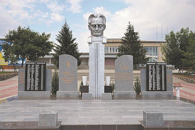 Η «άγνωστη» σφαγή των Ελλήνων στην Ουκρανία