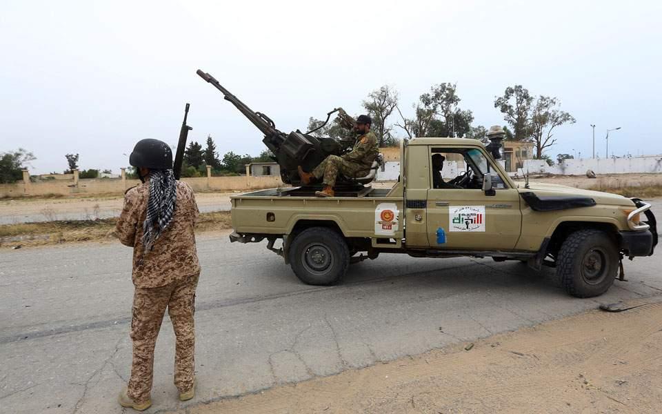 Ο Λιβυκός Εθνικός Στρατός δημοσίευσε βίντεο με την μεταφορά όπλων από την Τουρκία στα στρατόπεδα του GNA (video)