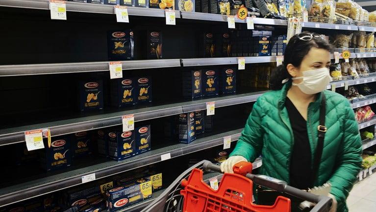 """""""Καμπανάκι"""" από τον ΟΗΕ: Παγκόσμια έλλειψη τροφίμων μπορεί να προκαλέσουν τα μέτρα για τον κορονοϊό"""