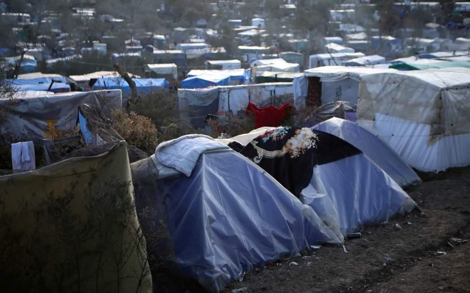 Reuters: Αποσυμφόρηση των προσφυγικών hot spot λόγω κορωνοϊού ζητά η ΕΕ από την Αθήνα