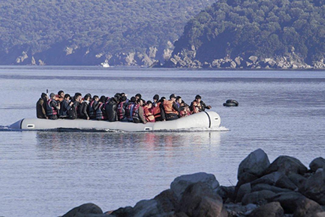 Εισβολή παρανόμων μεταναστών με κορωνοϊό από θαλάσσης