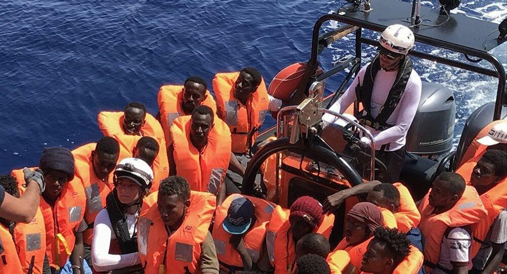 «Φρένο» στους μετανάστες βάζει η Βρετανία: Πώς μπορεί η Ελλάδα να κάνει το ίδιο