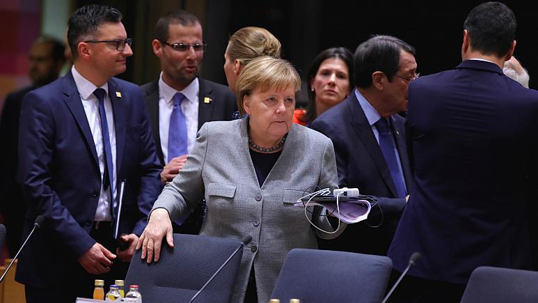 tr.euronews: Σκληρή απάντηση Μέρκελ στον Ερντογάν: Απαράδεκτος ο εκβιασμός της Ε.Ε. στις πλάτες των προσφύγων