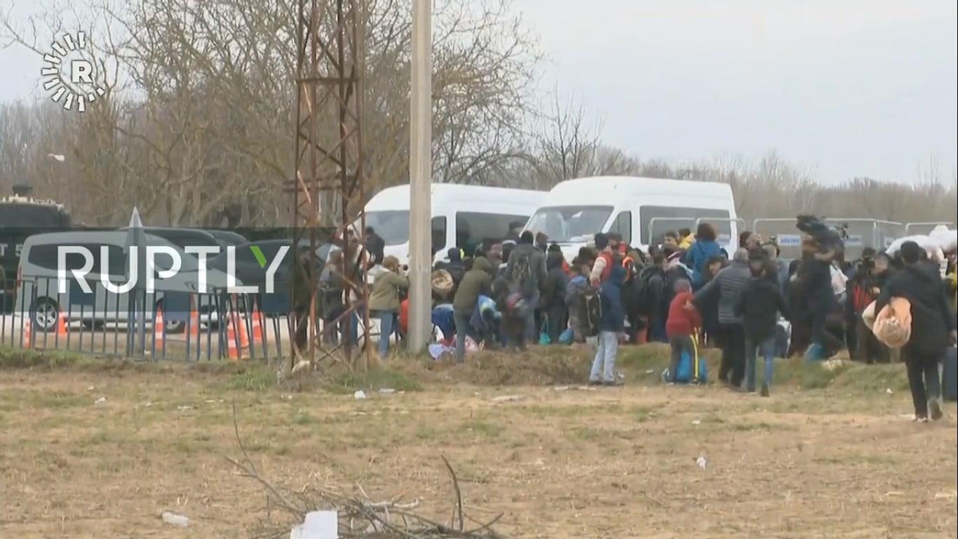 TΟΥΡΚΙΑΌργιο προπαγάνδας από τα φερέφωνα του Ερντογάν για τους μετανάστες στον Έβρο
