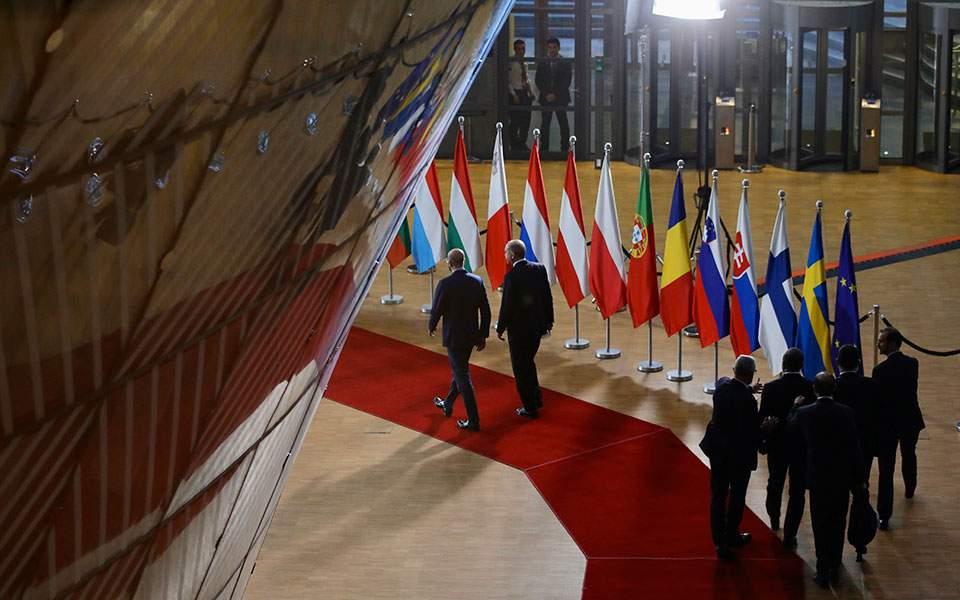 """Στον αέρα ο εκβιασμός Ερντογάν – Δεν """"μάσησαν"""" οι Ευρωπαίοι"""