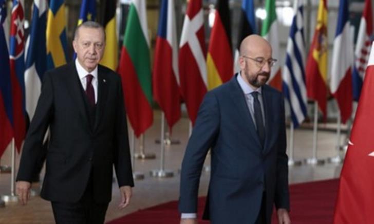 Ερντογάν: Βάζει θηλιά στην Ε.Ε. για το Μεταναστευτικό