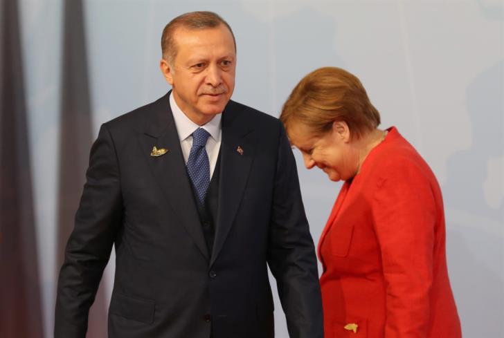 Μεταναστευτικό/Μέρκελ: Βοήθεια στην Τουρκία, άγνοια για Ελλάδα
