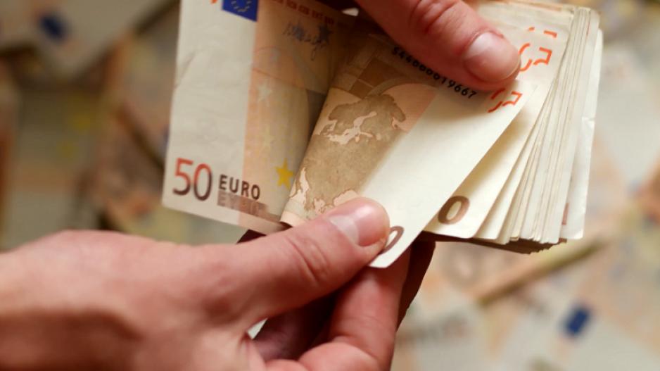 Βήμα – βήμα πώς θα πάρετε το έκτακτο επίδομα των 800 ευρώ