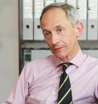 Μια συνέντευξη που αξίζει να διαβαστεί: Ο Βρετανός Ύπατος Αρμοστής στην «Κ»: Είμαστε έτοιμοι να συνεισφέρουμε στο Κυπριακό