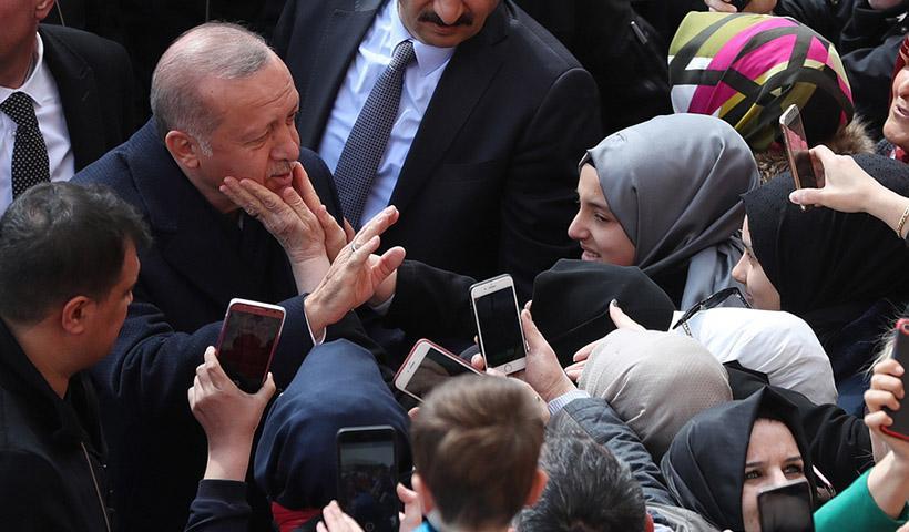 Παντελής Σαββίδης: Ο Ερντογάν πρέπει να αποχωρήσει για να υπάρξει ειρήνη στην περιοχή.