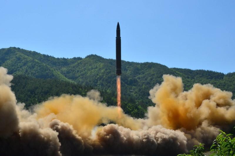 Η Βόρεια Κορέα εκτόξευσε δύο βαλλιστικούς πυραύλους εν μέσω της πανδημίας του κοροναϊού