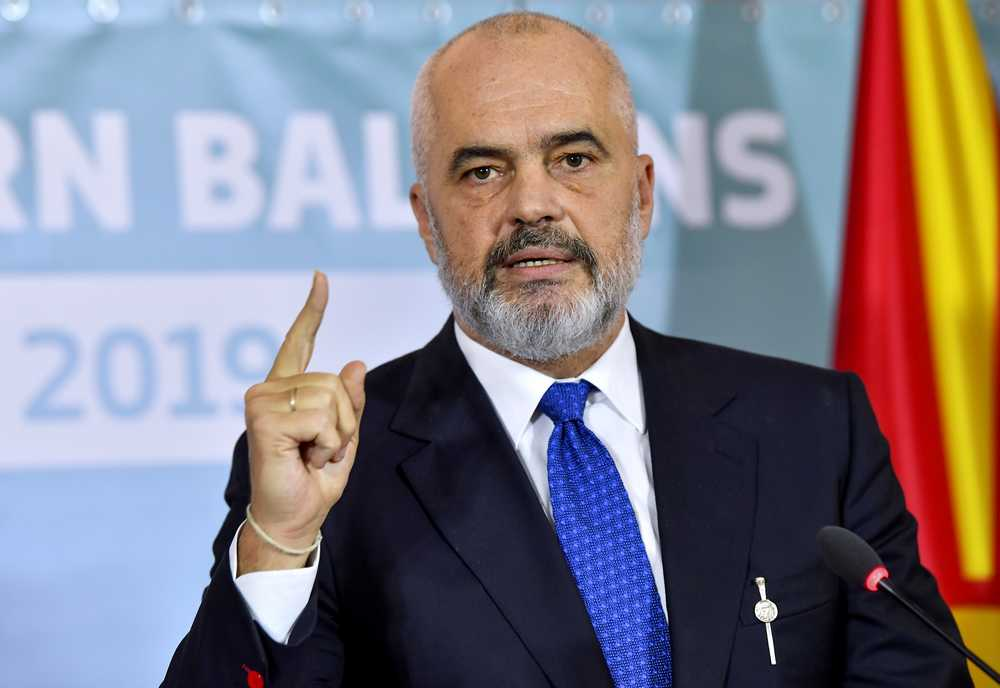 Κορωνοϊός: Η Αλβανία κλείνει όλες τις χερσαίες διαβάσεις με Ελλάδα, Μαυροβούνιο, Β. Μακεδονία και Κόσοβο – Απαγόρευση κυκλοφορίας