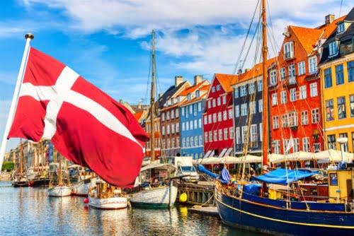 Η Δανία (του βορρά όχι του νότου) διαθέτει μεγαλύτερο πακέτο στήριξης από τα 2 τρισ. του Τραμπ