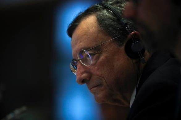 Γιατί ο Ντράγκι ζητάει διαγραφή των ιδιωτικών χρεών